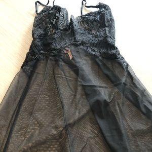 Victoria Secret Lace Slip / Black